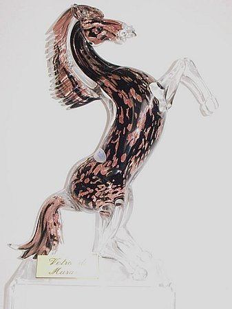 Cavallo in vetro di Murano con l'avventurina