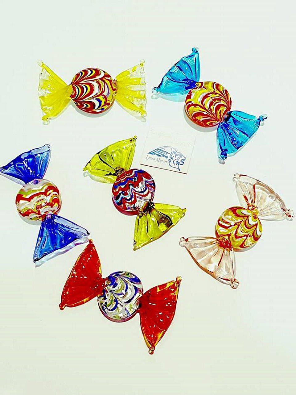 Caramelle piatte grandi di vetro colori assortiti