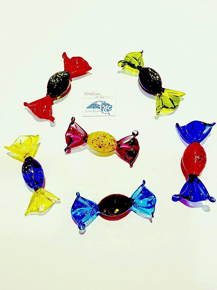 Caramelle ovali grandi di vetro colori assortiti