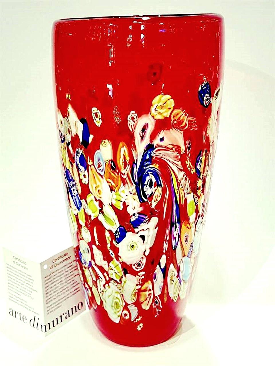 Vaso rosso con murrine