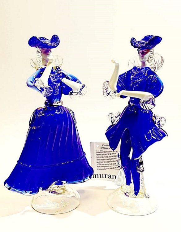 Dama e cavaliere in vetro di murano blu