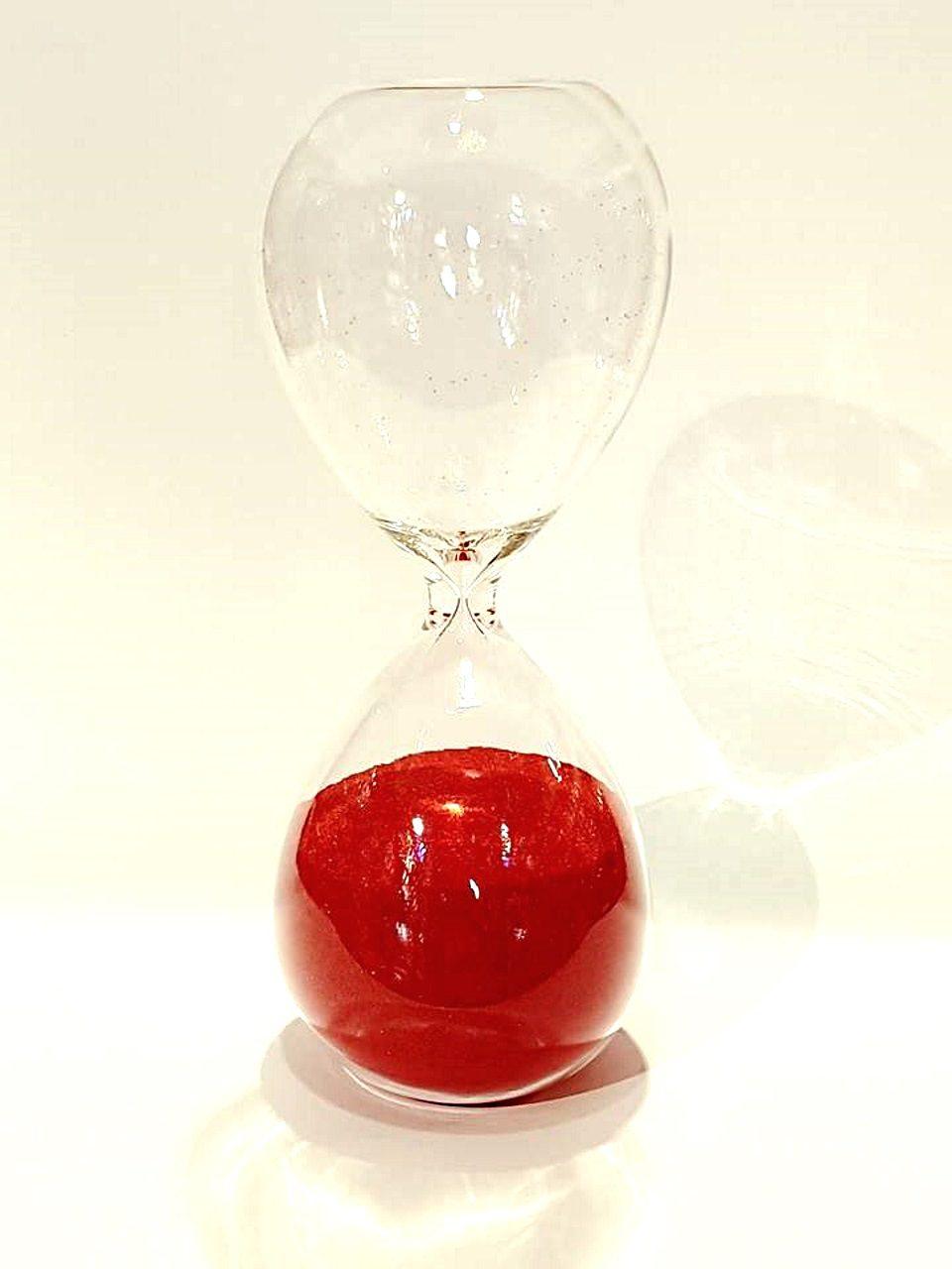 Clessidra rossa in vetro soffiato