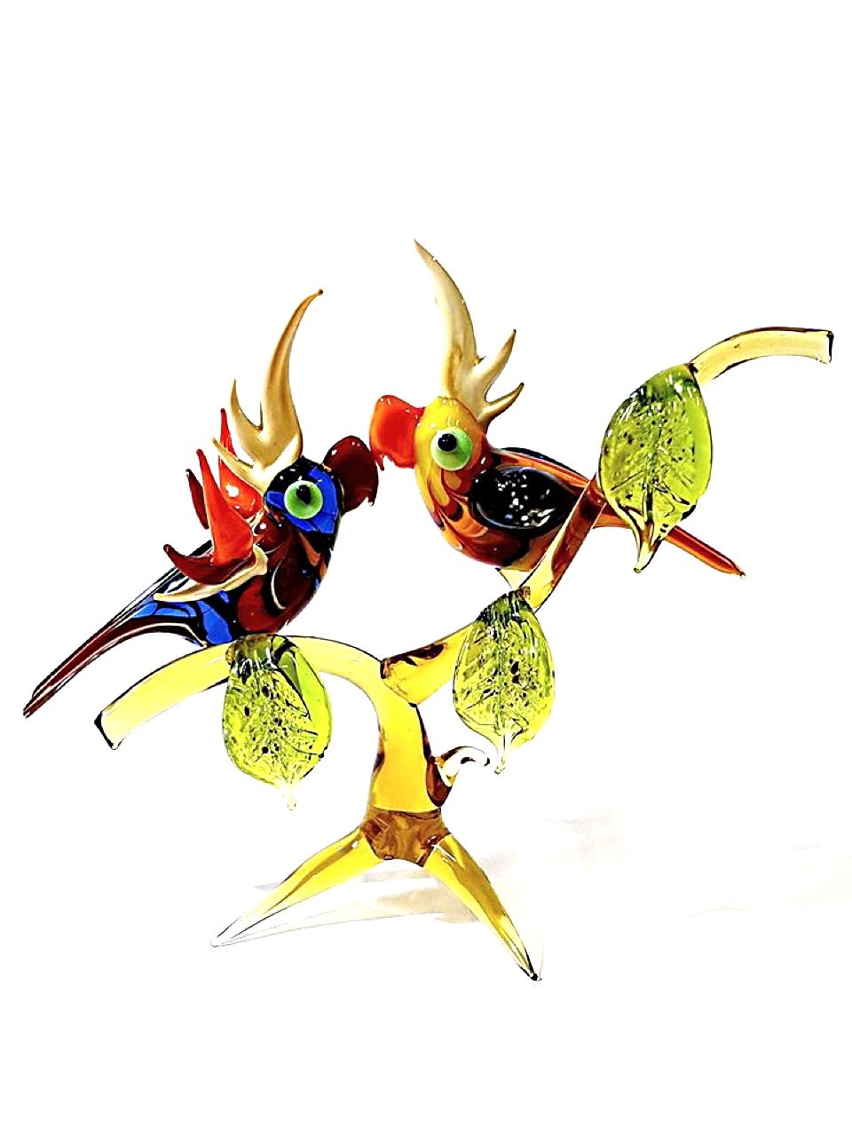 Ramo pappagalli a lume