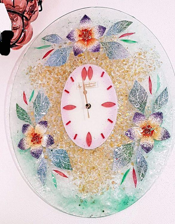 Orologio malva ovale