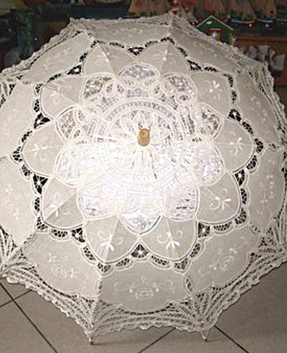 Ombrello pizzo veneziano artigianale beige