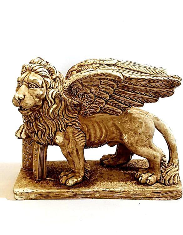 Leone di San Marco in gesso grande