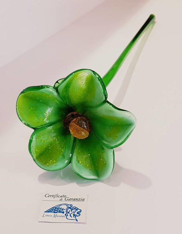 Fiore di vetro di murano verde
